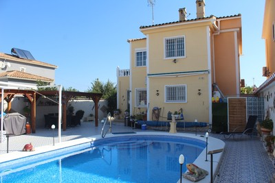 EAPD2046: Villa in Torrevieja