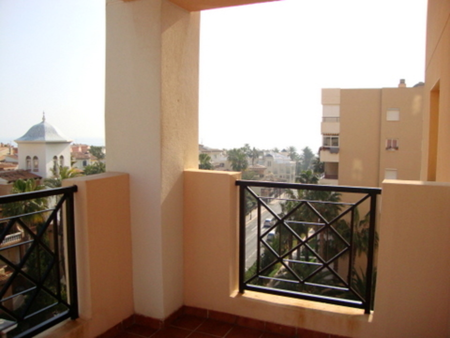 TOP QUALITY APARTMENT AT LOS LOCOS BEACH. 	 	The apartment is in the luxury las Atalayas Apartments , Spain