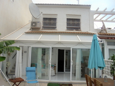 LPERL386: Townhouse in Torrevieja