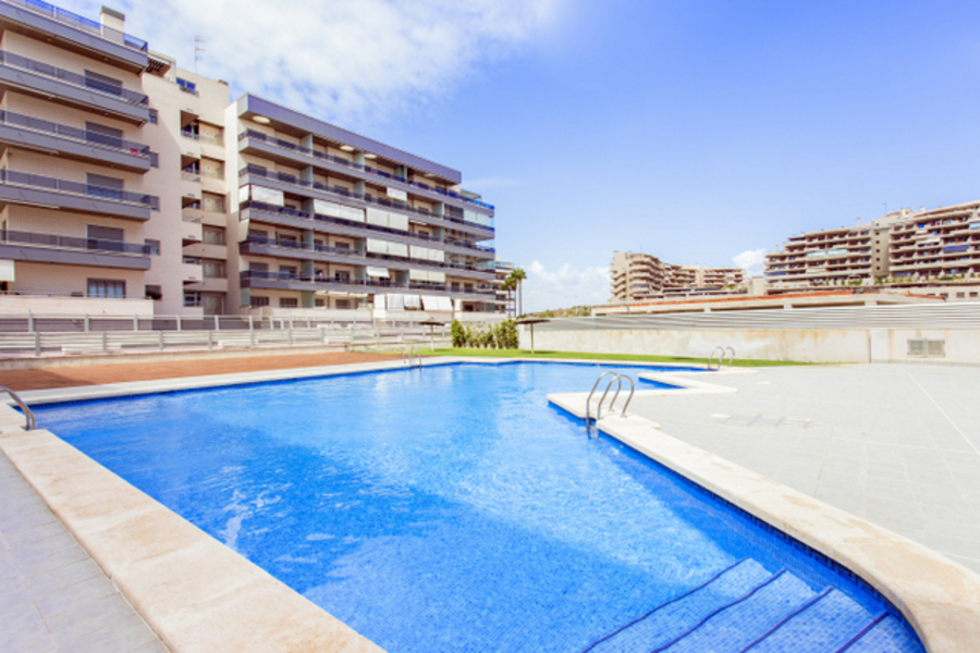 MODERN 3 BEDROOM APARTMENT IN ARENALES DEL SOL, EL ALTET, ALICANTE.  This bright new property is si,Spain
