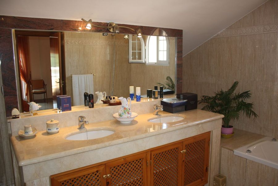 LPBMS521: Villa for sale in Playa Honda