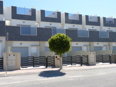 LPMAG115: Townhouse in Torre De Horadada
