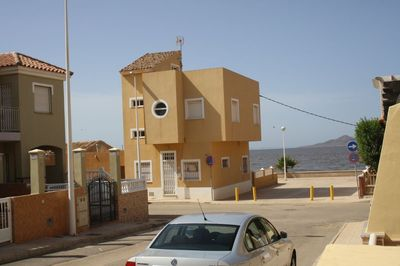 LPBMS361: Townhouse in Los Nietos
