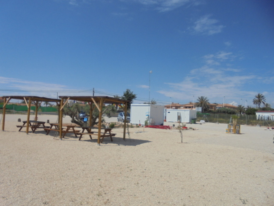 MODERN CAMPING SITE NEAR THE BEACH IN LA MARINA.  	   	The camping site is near one of the most beau, Spain
