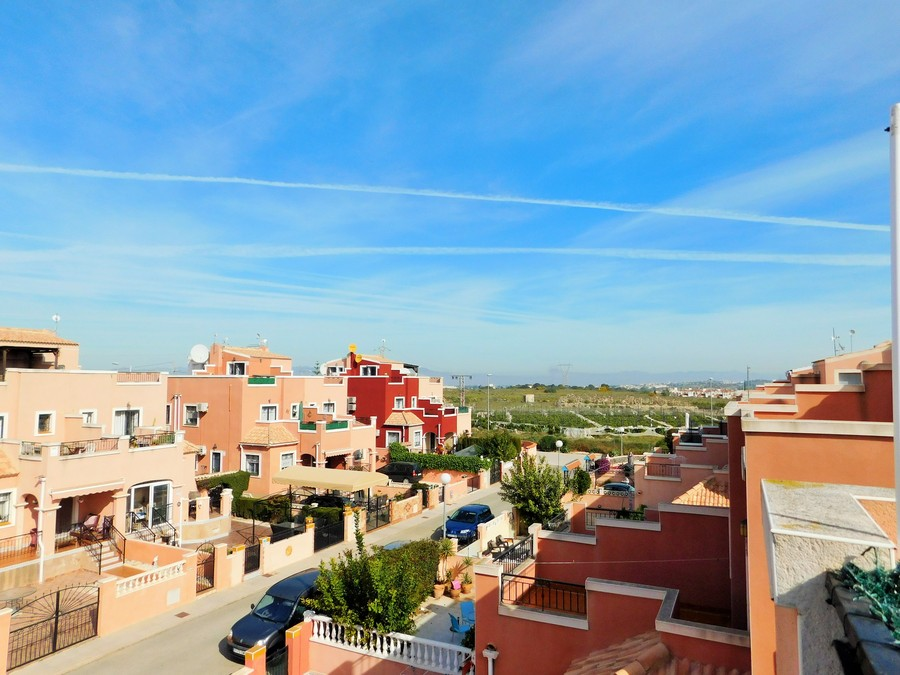 Townhouse Los Montesinos For sale