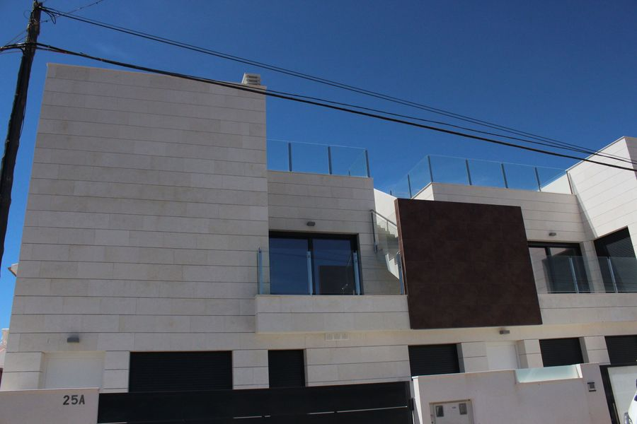 This modern, newly built development of 5 apartments are situated in El Mojon, Murcia.  There are gr, Spain