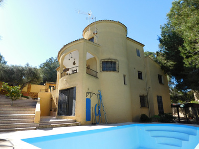 LPTPS101: Detached Villa in Villamartin, Orihuela Costa