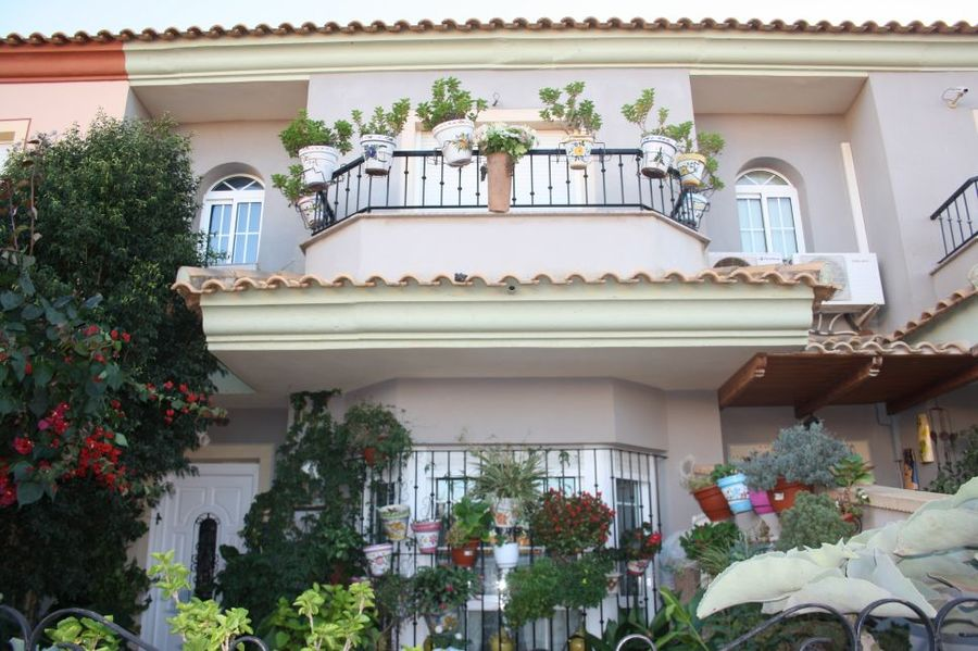 Townhouse For sale Los Belones