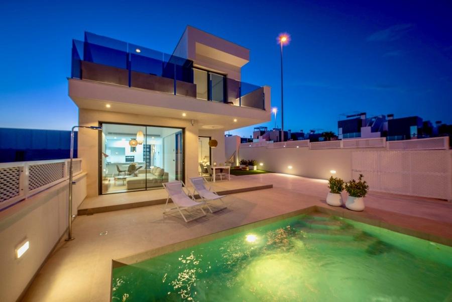 Villa 3 Bedroom Cabo Roig