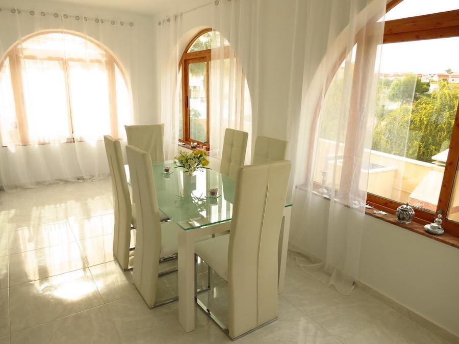Villa 3 Bedroom Ciudad Quesada