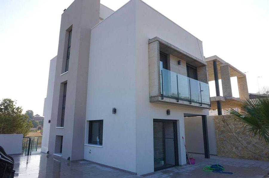 Los Balcones 3 Bedroom Villa