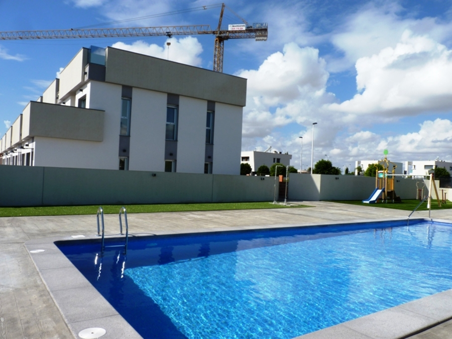 3 BEDROOM TOWNHOUSE IN LO PAGAN, MURCIA.  	This property is in a new complex  with a large communal , Spain