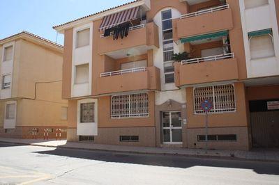 LPBMS416: Apartment in Los Nietos