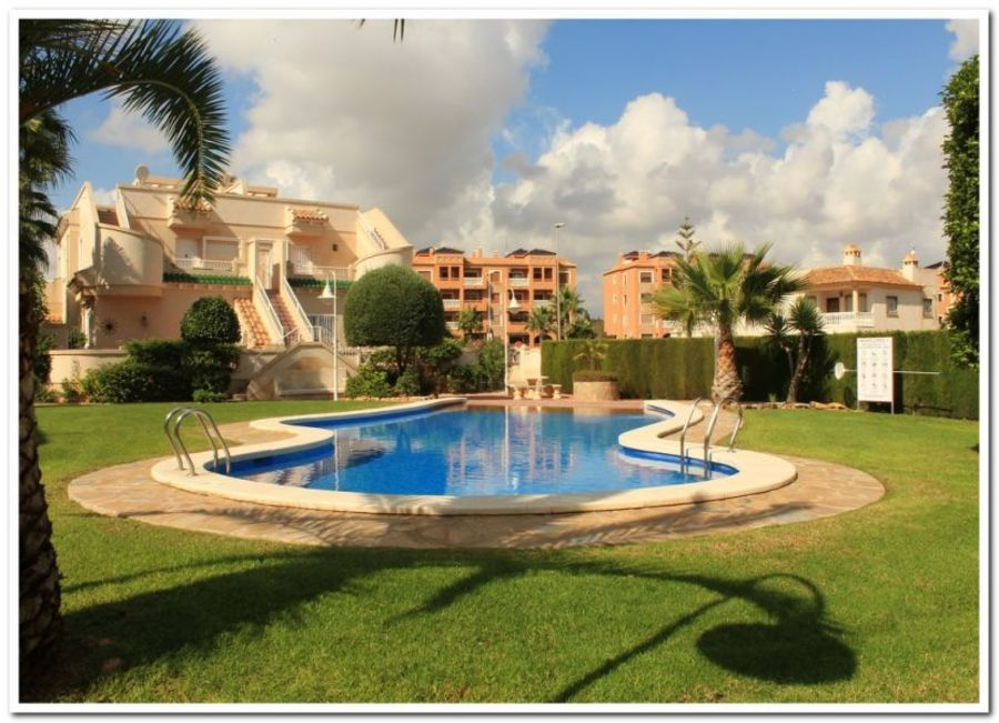 Bungalow For sale Villamartin