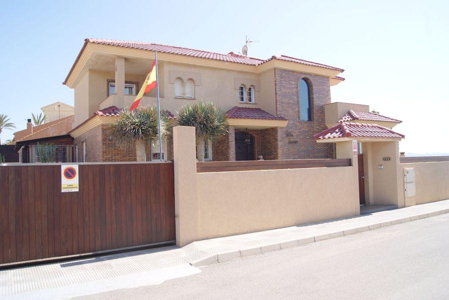 Villa For sale La Manga