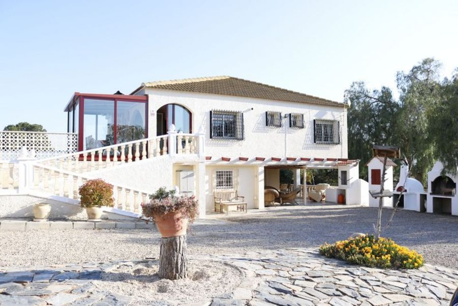 Country Home For sale Valladolises