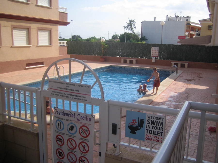 2 BEDROOM APARTMENT IN ALGORFA, ALICANTE.  	Very nice apartment on a gated community in the pretty v, Spain