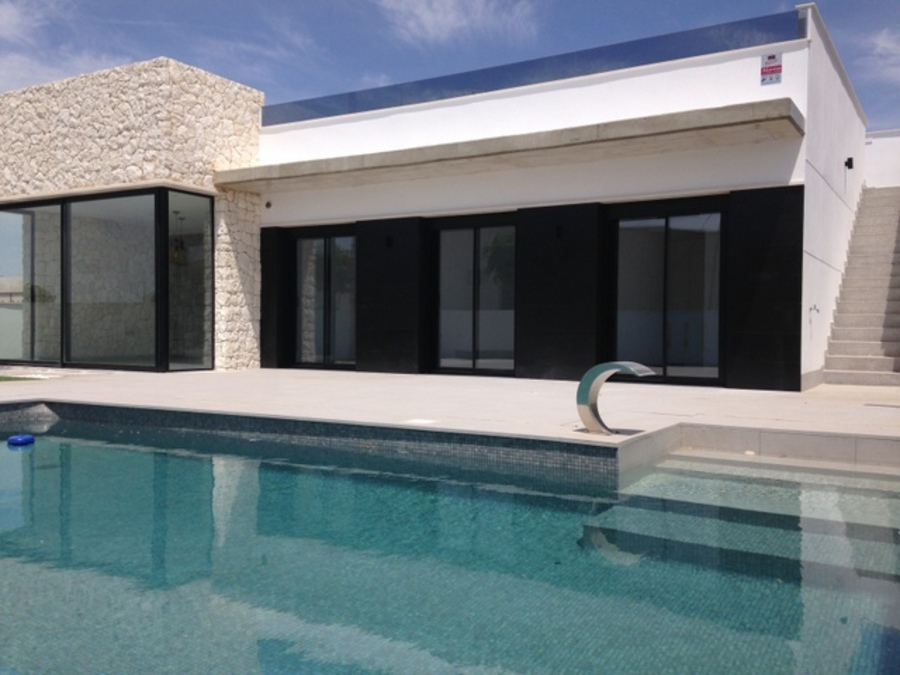 CONTEMPORARY 3 BEDROOM DETACHED VILLA IN SUCINA, MURCIA.  	This property is a contemporary detached , Spain