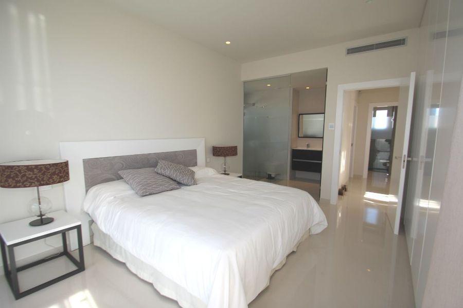 4 Bedroom Villa Torrevieja