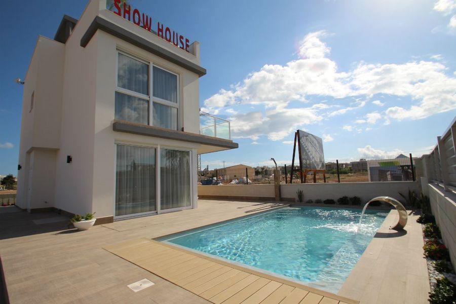 Torrevieja Alicante Villa 435000 €