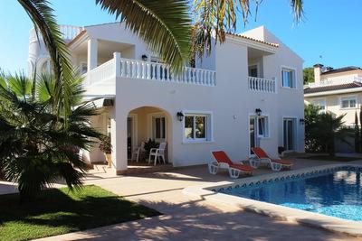 LPGLO104: Villa in Cabo Roig