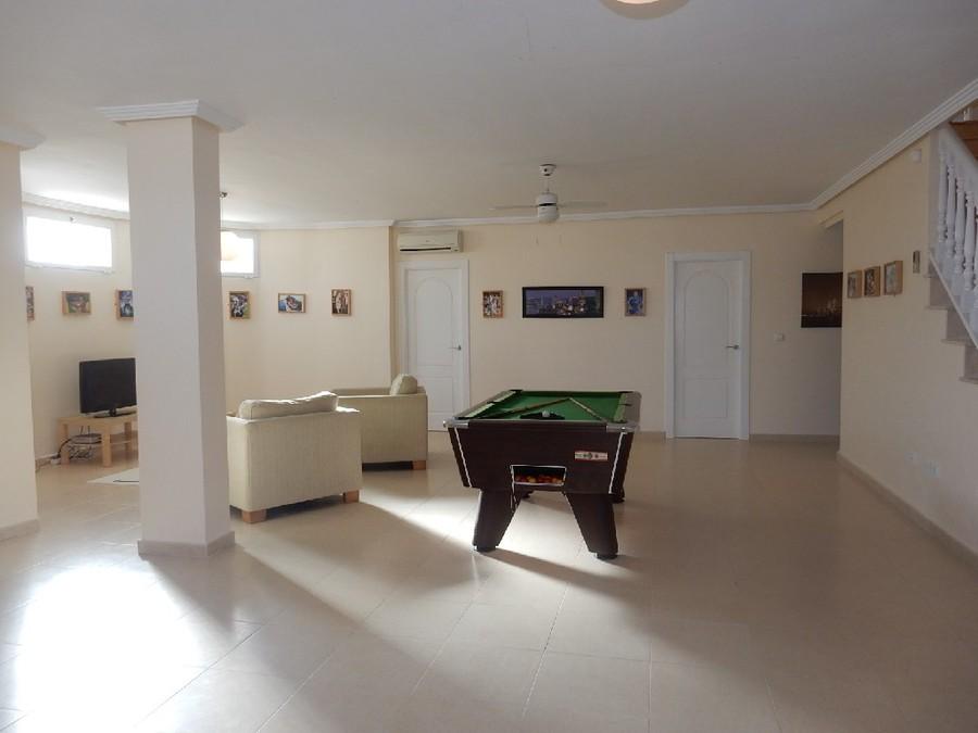 Ciudad Quesada 6 Bedroom Villa