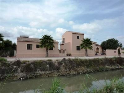 LPCCS106: Villa in Alicante