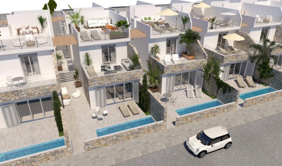 LUXURY 3 BEDROOM VILLA IN LOS ALCAZARES, MURCIA.  This property is in a new luxury development of 4,Spain