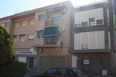 LPBMS511: Apartment in Los Nietos