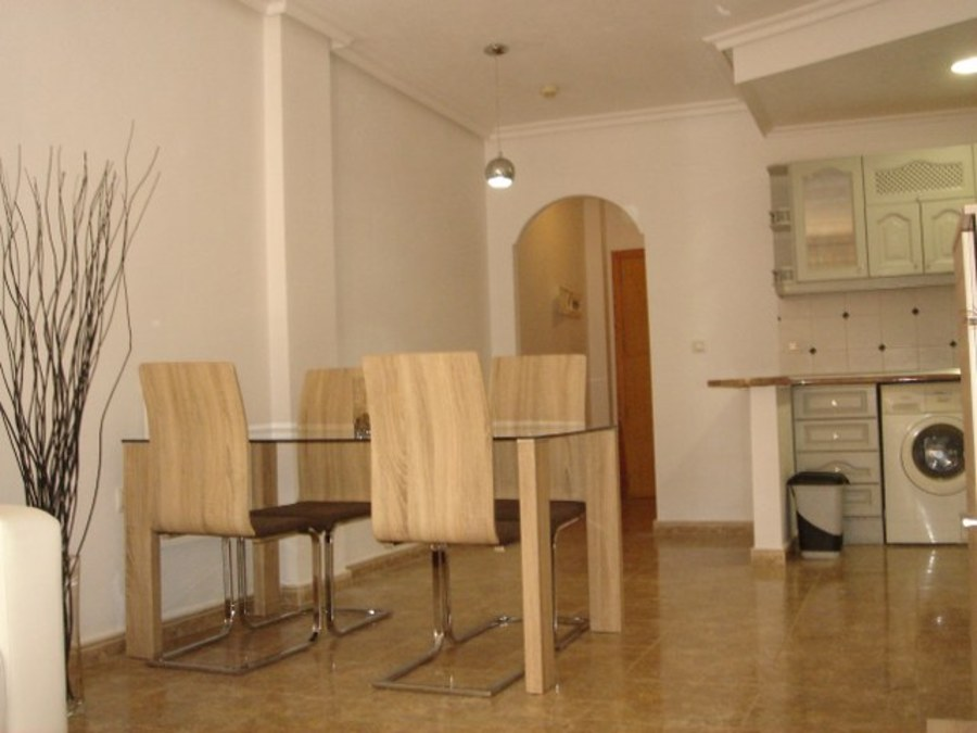 2 Bedroom Cabo Roig Apartment