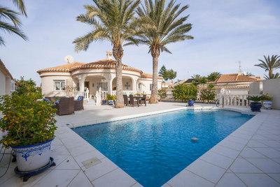 LPRPF170: Villa in Playa Flamenca