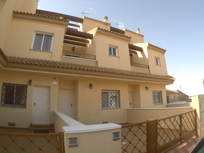kf943506: Townhouse  in El Mirador