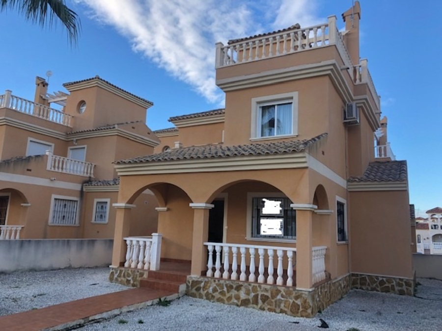 NED1760: Detached Villa for sale in Lo Crispin
