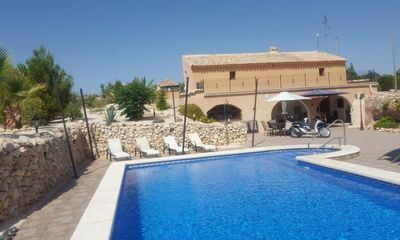 BCM6224: Country House in Hondon de Las Nieves